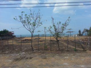 Photo 4: Playa Malibu, Nueva Gorgona - Single large lot with beach access!