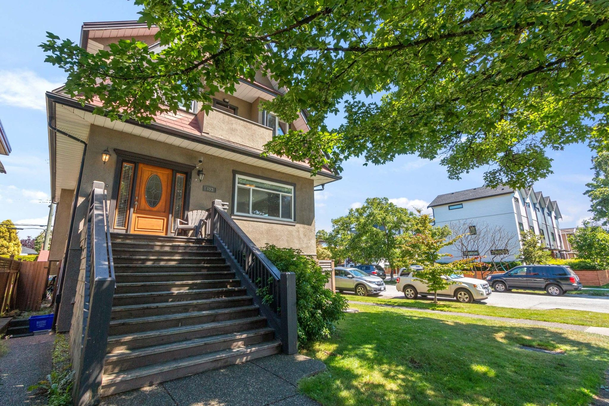Main Photo: 493 E 44TH Avenue in Vancouver: Fraser VE House for sale (Vancouver East)  : MLS®# R2595982