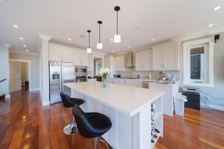 Photo 9: 1123 CORTELL Street in North Vancouver: Pemberton Heights House for sale : MLS®# R2585333