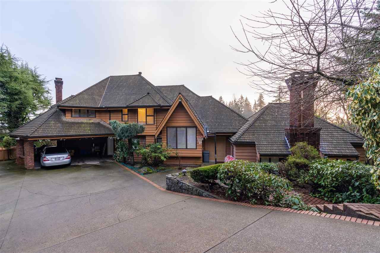 Main Photo: 1366 CAMMERAY Road in West Vancouver: Chartwell House for sale : MLS®# R2563451