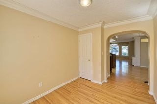 Photo 11: 7 Laneham Place SW in Calgary: North Glenmore Park Detached for sale : MLS®# A1097767