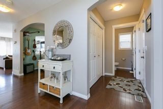 Photo 4: 87 Everhollow Crescent SW in Calgary: Evergreen Detached for sale : MLS®# A1093373