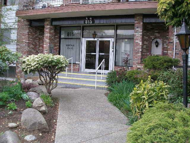 """Main Photo: 214 815 FOURTH Avenue in New Westminster: Uptown NW Condo for sale in """"NORFOLK HOUSE"""" : MLS®# V1007594"""