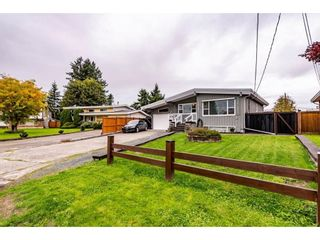 Photo 1: 10107 FAIRBANKS Crescent in Chilliwack: Fairfield Island House for sale : MLS®# R2625855