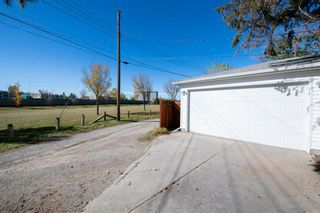 Photo 39: 1 Manor Road SW in Calgary: Meadowlark Park Detached for sale : MLS®# A1150982
