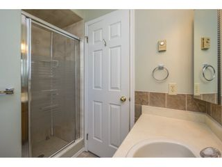 """Photo 17: 48 32691 GARIBALDI Drive in Abbotsford: Abbotsford West Townhouse for sale in """"Carriage Lane"""" : MLS®# R2096442"""