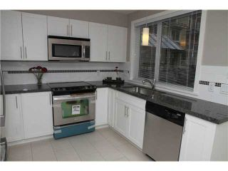 """Photo 4: 11 327 E 33RD Avenue in Vancouver: Main Townhouse for sale in """"WALK TO MAIN"""" (Vancouver East)  : MLS®# V868106"""