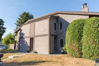 """Photo 14: 313 34909 OLD YALE Road in Abbotsford: Abbotsford East Condo for sale in """"The Gardens"""" : MLS®# R2100422"""