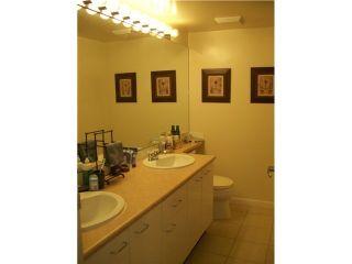 Photo 9: 307 8495 Jellicoe Street in RIVERGATE: Home for sale : MLS®# V919568
