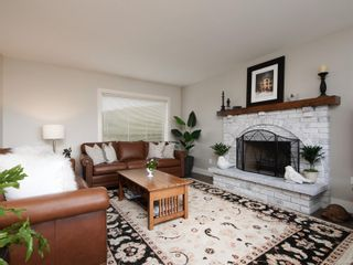 Photo 5: 6599 Roza Vista Pl in : CS Tanner House for sale (Central Saanich)  : MLS®# 870841
