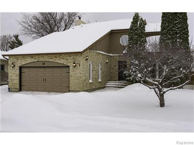 Main Photo: 27 Stardust Crescent in WINNIPEG: Maples / Tyndall Park Residential for sale (North West Winnipeg)  : MLS®# 1601912
