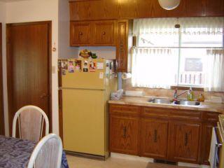 Photo 3: 69 ABRAHAM Bay in WINNIPEG: Maples / Tyndall Park Residential for sale (North West Winnipeg)  : MLS®# 1012599
