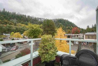 Photo 10: PH6 6688 ROYAL AVENUE in West Vancouver: Horseshoe Bay WV Condo for sale : MLS®# R2449478