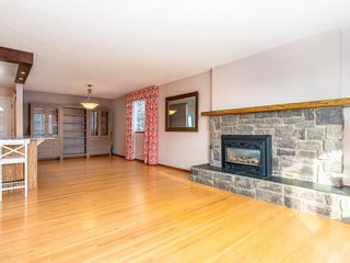 Photo 4: 5115 BULYEA Road NW in Calgary: Brentwood Detached for sale : MLS®# C4278315