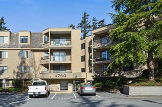 "Photo 1: 115 1760 SOUTHMERE Crescent in Surrey: Sunnyside Park Surrey Condo for sale in ""CAPSTAN WAY"" (South Surrey White Rock)  : MLS®# R2248455"