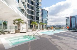 """Photo 13: 1756 38 SMITHE Street in Vancouver: Downtown VW Condo for sale in """"ONE PACIFIC"""" (Vancouver West)  : MLS®# R2106045"""