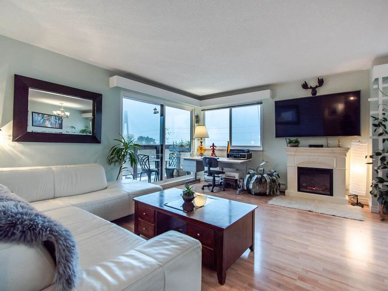 FEATURED LISTING: 305 - 45 FOURTH Street New Westminster