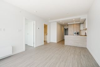 """Photo 11: 2602 13615 FRASER Highway in Surrey: Whalley Condo for sale in """"KING GEORGE HUB"""" (North Surrey)  : MLS®# R2617541"""