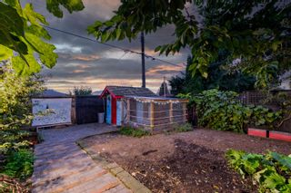"""Photo 36: 709 E 6TH Street in North Vancouver: Queensbury House for sale in """"Queensbury Village"""" : MLS®# R2621895"""