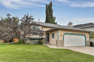 Photo 1: 51 SANDRINGHAM Way NW in Calgary: Sandstone Valley House for sale