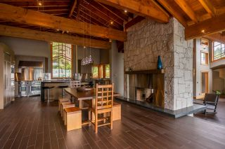 Photo 4: 1280 COWAN POINT Drive: Bowen Island House for sale : MLS®# R2562617