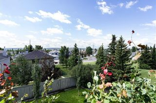 Photo 4: 222 SCENIC VIEW Bay NW in Calgary: Scenic Acres House for sale : MLS®# C4188448