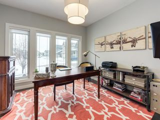 Photo 4: 28 Westpark Court SW in Calgary: West Springs Detached for sale : MLS®# A1069632