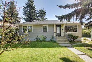 Photo 2: 1504 20 Street NW in Calgary: Hounsfield Heights/Briar Hill Detached for sale : MLS®# A1065862