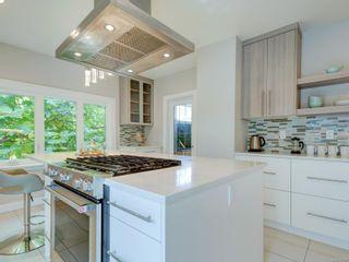 Photo 8: 28 Lotus St in : Vi Burnside House for sale (Victoria)  : MLS®# 883709