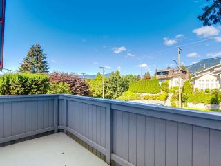 Photo 3: 247 W 23RD Street in North Vancouver: Central Lonsdale House for sale : MLS®# R2218663