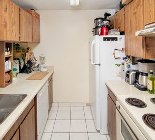 """Photo 11: PH4 1040 PACIFIC Street in Vancouver: West End VW Condo for sale in """"CHELSEA TERRACE"""" (Vancouver West)  : MLS®# R2226216"""