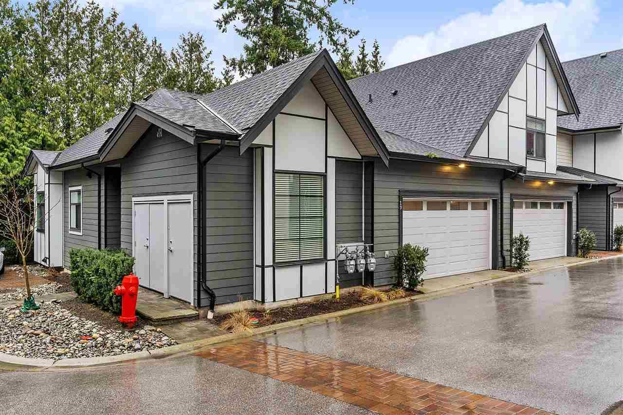 """Main Photo: 19 2427 164 Street in Surrey: Grandview Surrey Townhouse for sale in """"THE SMITH"""" (South Surrey White Rock)  : MLS®# R2531111"""