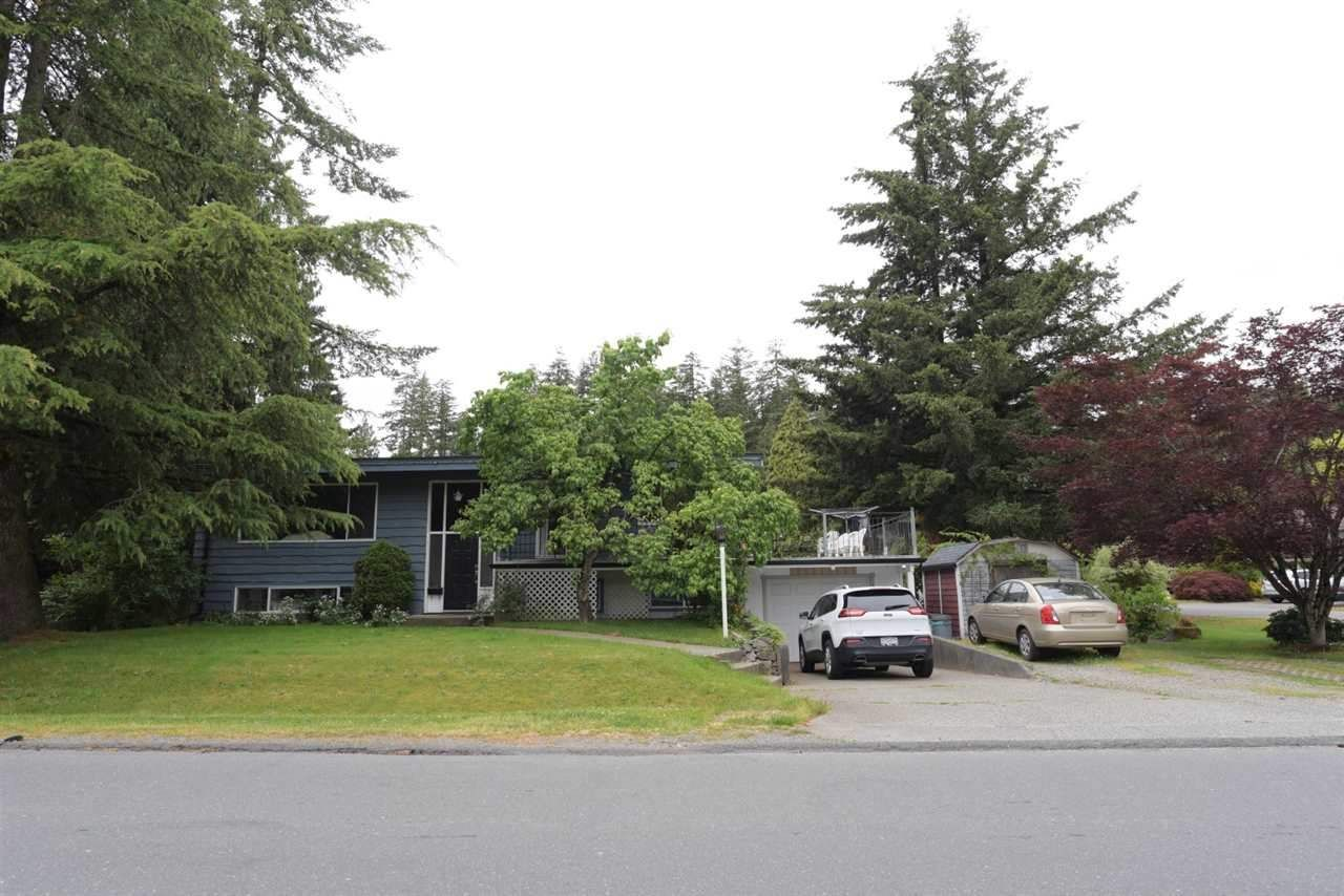 Main Photo: 1909 HORIZON Street in Abbotsford: Central Abbotsford House for sale : MLS®# R2308015