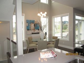Photo 3: 7430 May Common NW in Edmonton: Condo for rent