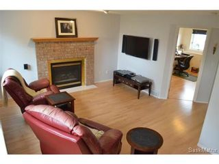 Photo 10: 223 Carter Crescent in Saskatoon: Confederation Park Single Family Dwelling for sale (Saskatoon Area 05)  : MLS®# 479643
