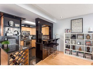 """Photo 8: 1502 1177 PACIFIC Boulevard in Vancouver: Yaletown Condo for sale in """"PACIFIC PLAZA"""" (Vancouver West)  : MLS®# V1122980"""