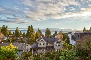 Photo 34: 2540 MATHERS Avenue in West Vancouver: Dundarave House for sale : MLS®# R2556796