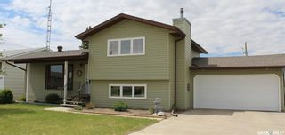 Photo 1: 120 Wells Place West in Wilkie: Residential for sale : MLS®# SK857003