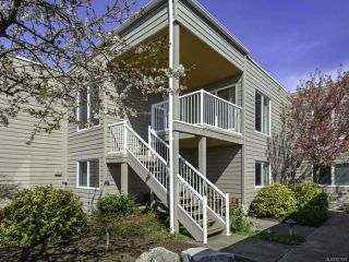Photo 2: 121 1807 Beaufort Ave in COMOX: CV Comox (Town of) Condo for sale (Comox Valley)  : MLS®# 837849