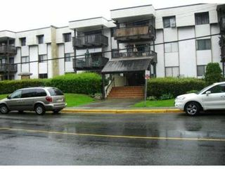 """Photo 1: 225 12170 222ND Street in Maple Ridge: West Central Condo for sale in """"WILDWOOD TERRACE"""" : MLS®# V1009553"""