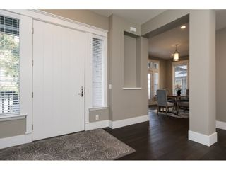 Photo 2: 15776 MOUNTAIN VIEW Drive in Surrey: Grandview Surrey House for sale (South Surrey White Rock)  : MLS®# R2145036
