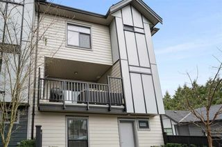 """Photo 13: 10 2427 164 Street in Surrey: Grandview Surrey Townhouse for sale in """"THE SMITH"""" (South Surrey White Rock)  : MLS®# R2565013"""