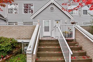 Photo 3: 71 13706 74 Avenue in Surrey: East Newton Townhouse for sale : MLS®# R2215305
