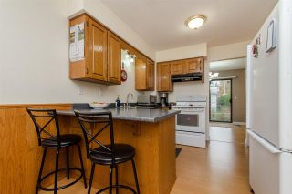 """Photo 2: 10 33951 MARSHALL Road in Abbotsford: Central Abbotsford Townhouse for sale in """"Arrowwood Village"""" : MLS®# R2319685"""