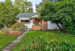 """Photo 2: 11440 MCBRIDE Drive in Surrey: Bolivar Heights House for sale in """"Boliver Heights"""" (North Surrey)  : MLS®# R2623213"""