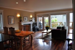 Photo 3: 223 E 17TH Street in North Vancouver: Central Lonsdale 1/2 Duplex for sale : MLS®# V891734