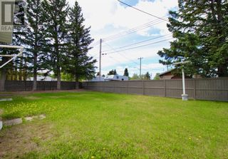 Photo 5: 102 Thompson Place in Hinton: House for sale : MLS®# A1047125