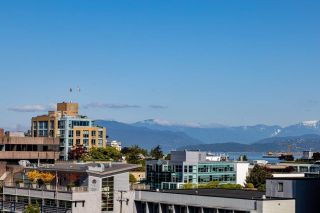 """Photo 2: 602 1633 W 10TH Avenue in Vancouver: Fairview VW Condo for sale in """"Hennessy House"""" (Vancouver West)  : MLS®# R2584131"""