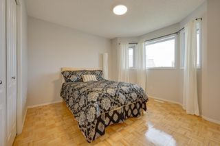Photo 34: 1011 116 Street in Edmonton: Zone 16 House for sale : MLS®# E4245930