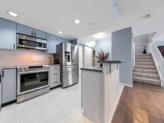 """Photo 13: 933 HOMER Street in Vancouver: Yaletown Townhouse for sale in """"THE PINNACLE"""" (Vancouver West)  : MLS®# R2562224"""